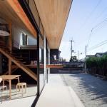 片流れ屋根の家