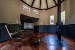 薪ストーブのある部屋の増築