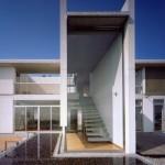 MONO-HOUSE